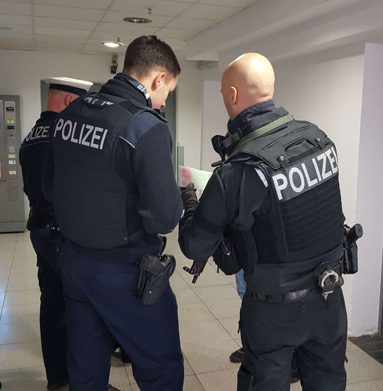 Bpoli Md Gemeinsame Pm Der Bpoli Magdeburg Und Des Pr Halle 35