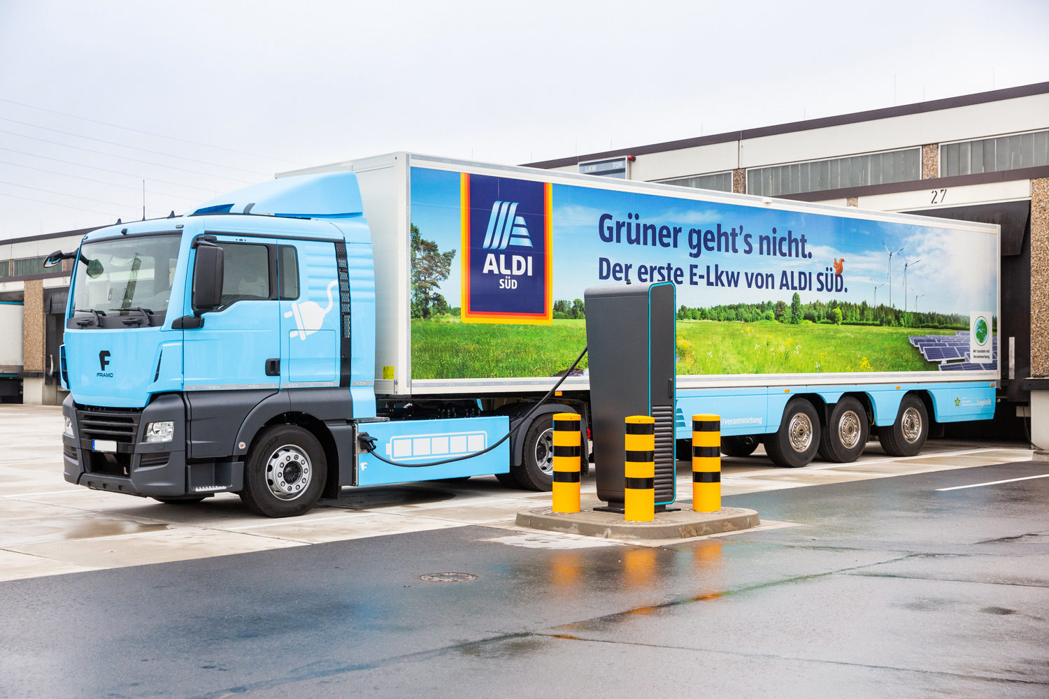 aldi s d bringt ersten elektro sattelzug mit k hlung auf. Black Bedroom Furniture Sets. Home Design Ideas