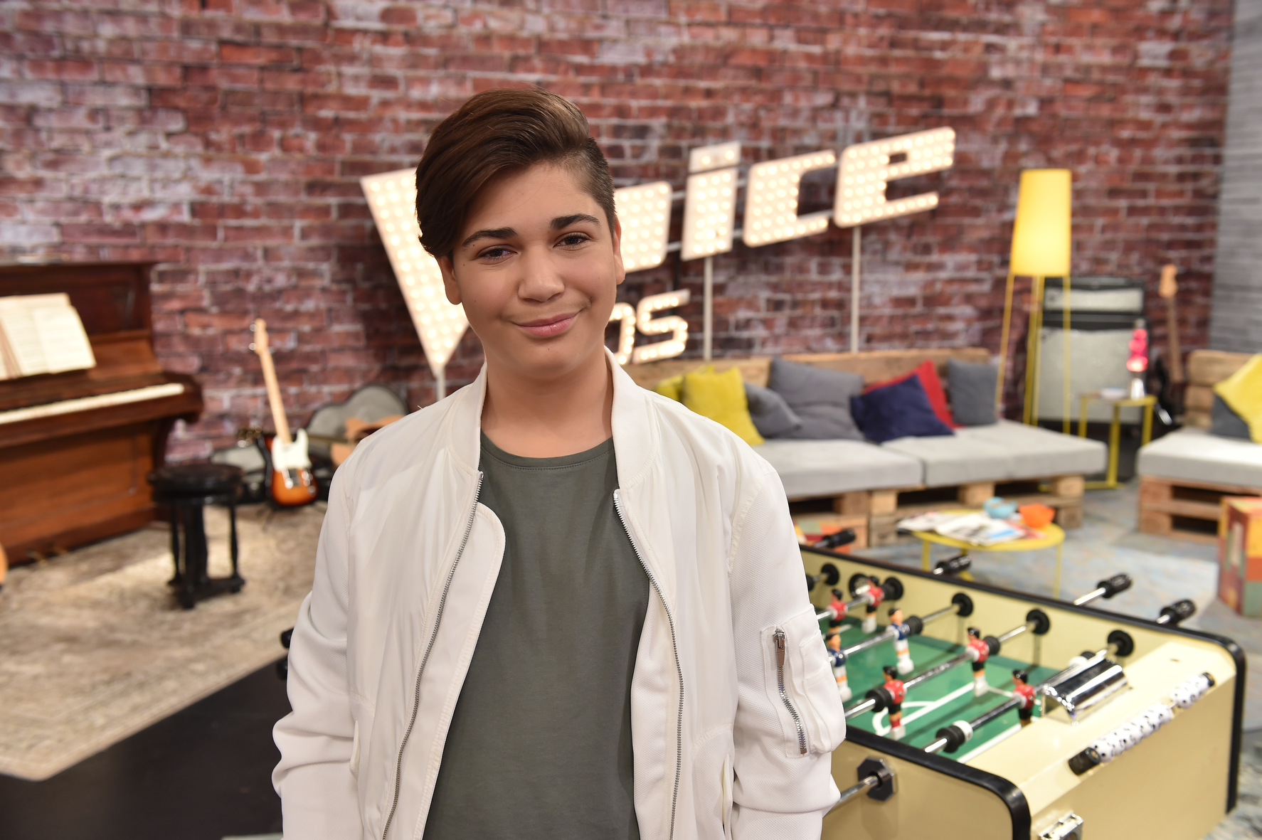 riesen berraschung f r l becker miran bei the voice kids am sonntag pressemitteilung sat 1. Black Bedroom Furniture Sets. Home Design Ideas