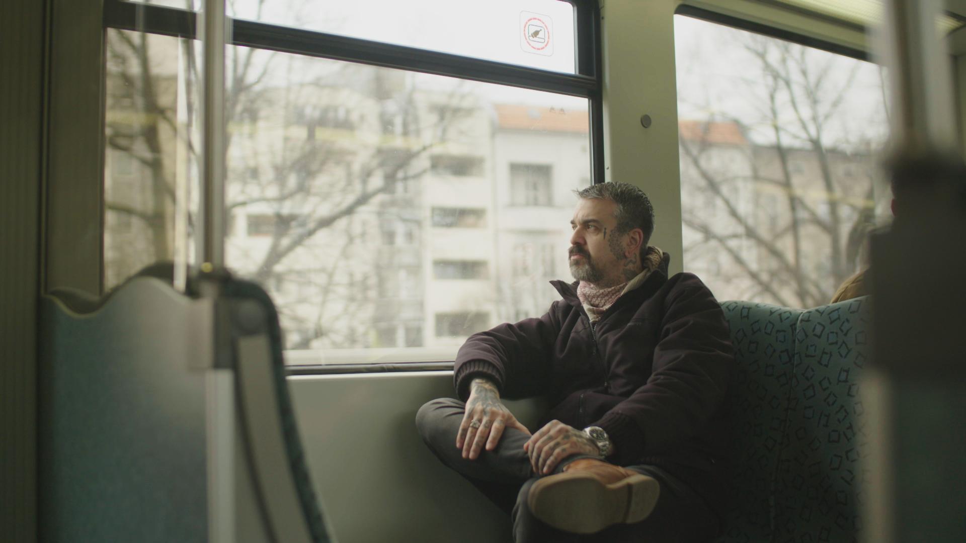 Unter junkies und unter hooligans sascha bisley for Bisley berlin