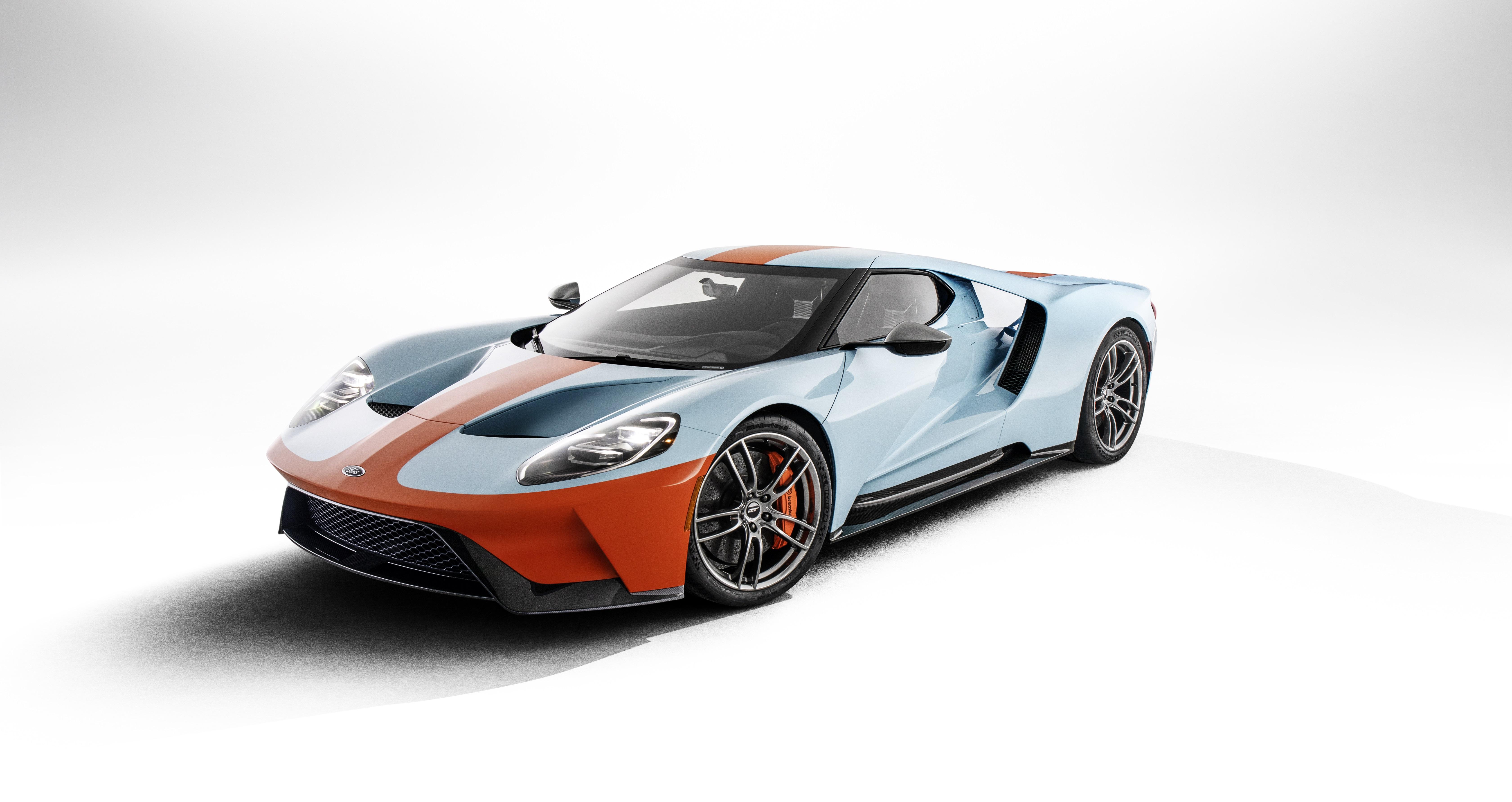 Neues Ford Gt Heritage Editionsmodell Ehrt Das Beruhmteste Farbschema Der Motorsport Geschichte Weiterer