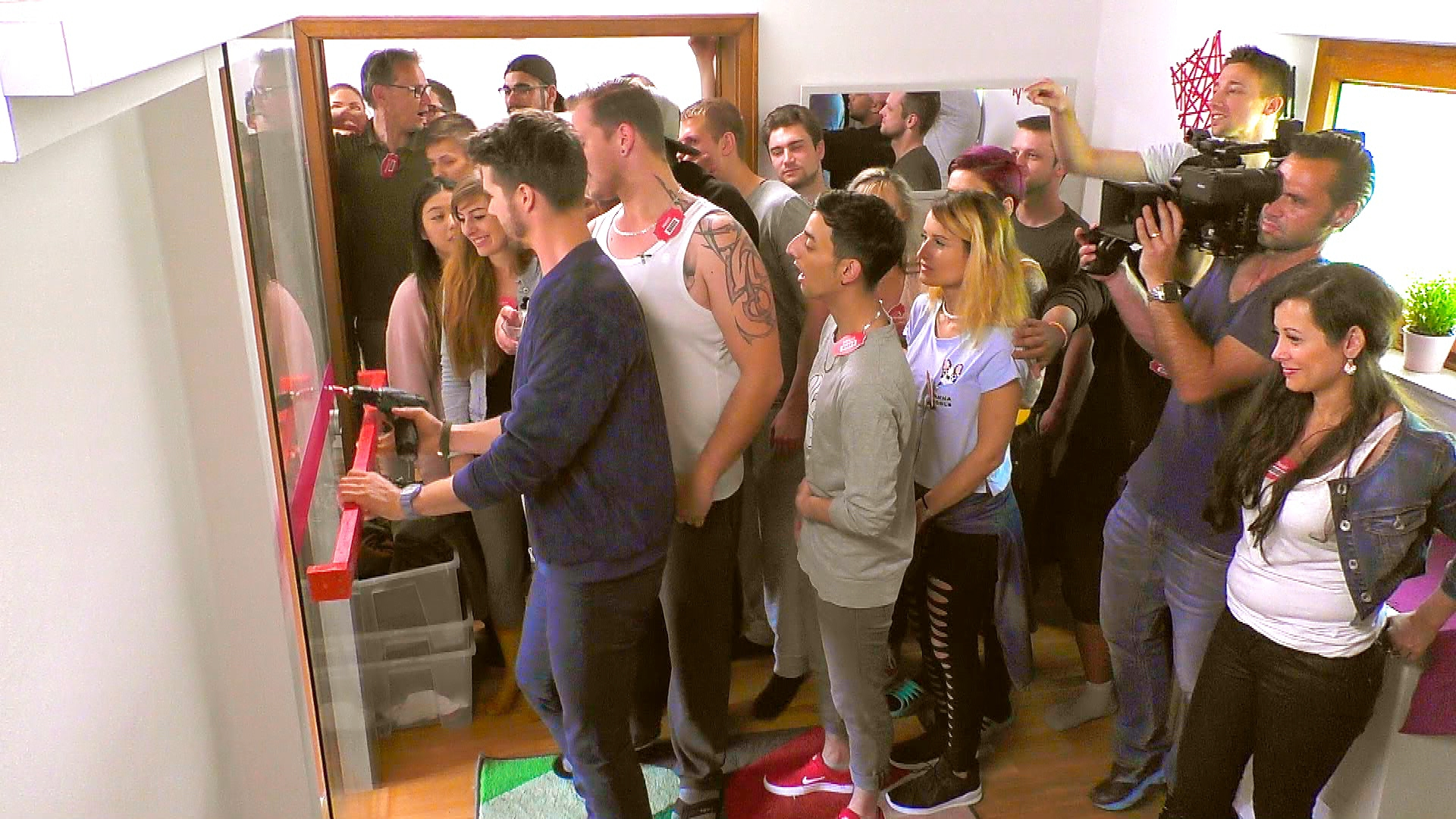 Get The F Out Of My House 2021 Folge 2