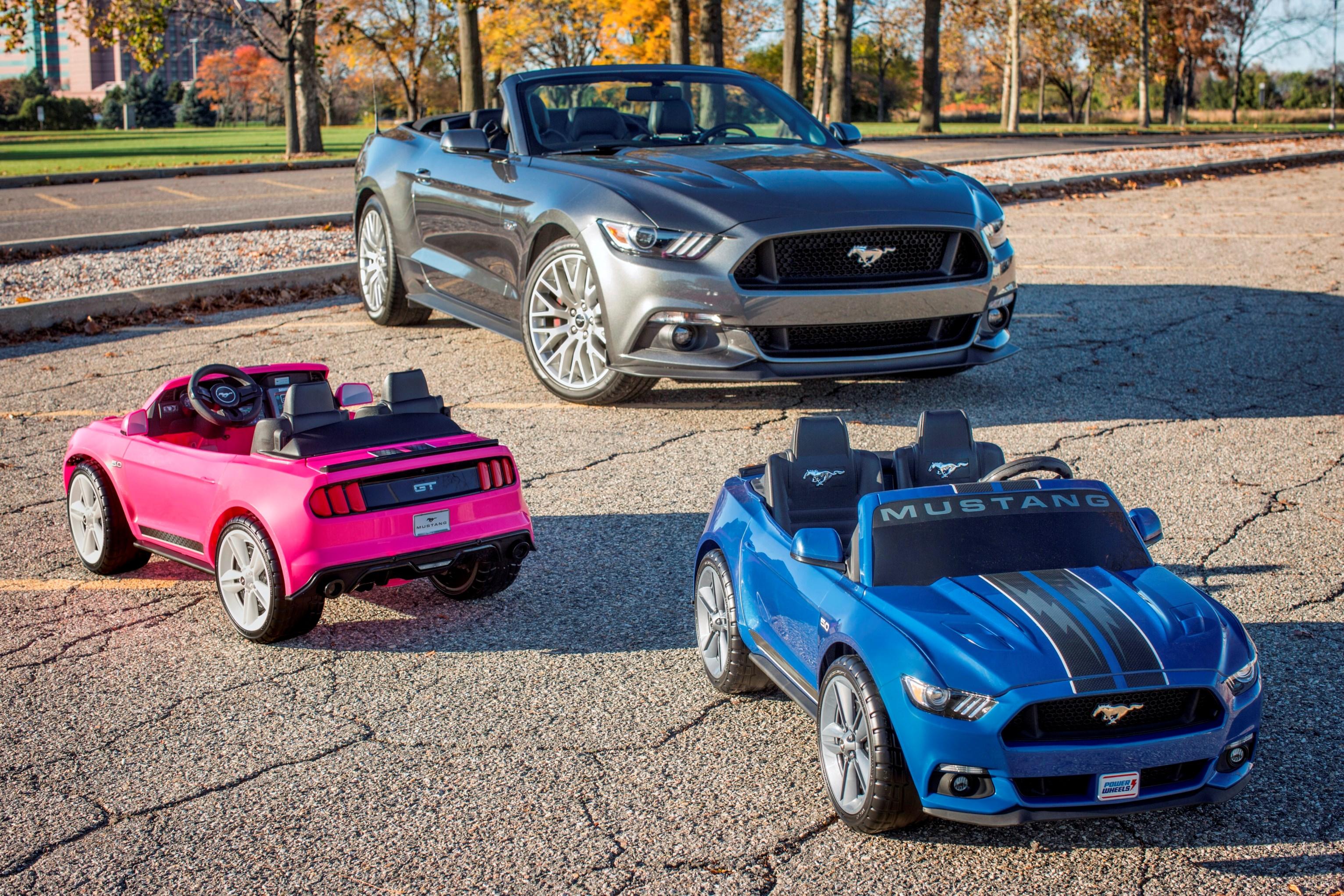 Ford Und Fisher Price Prasentieren Ford Mustang Modell Fur