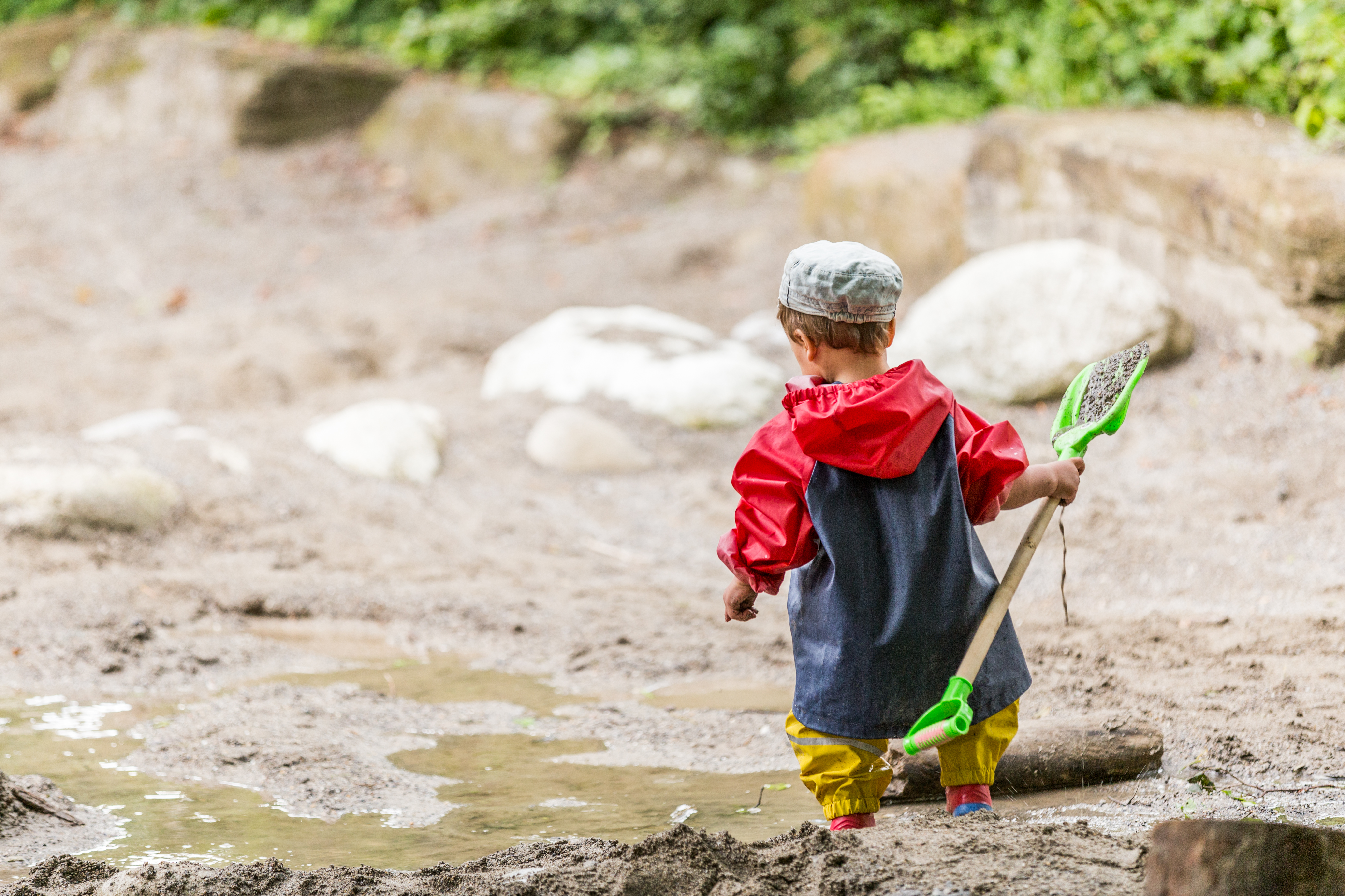 Nur zwei von drei Kindern können in der Schweiz unbeaufsichtigt ...