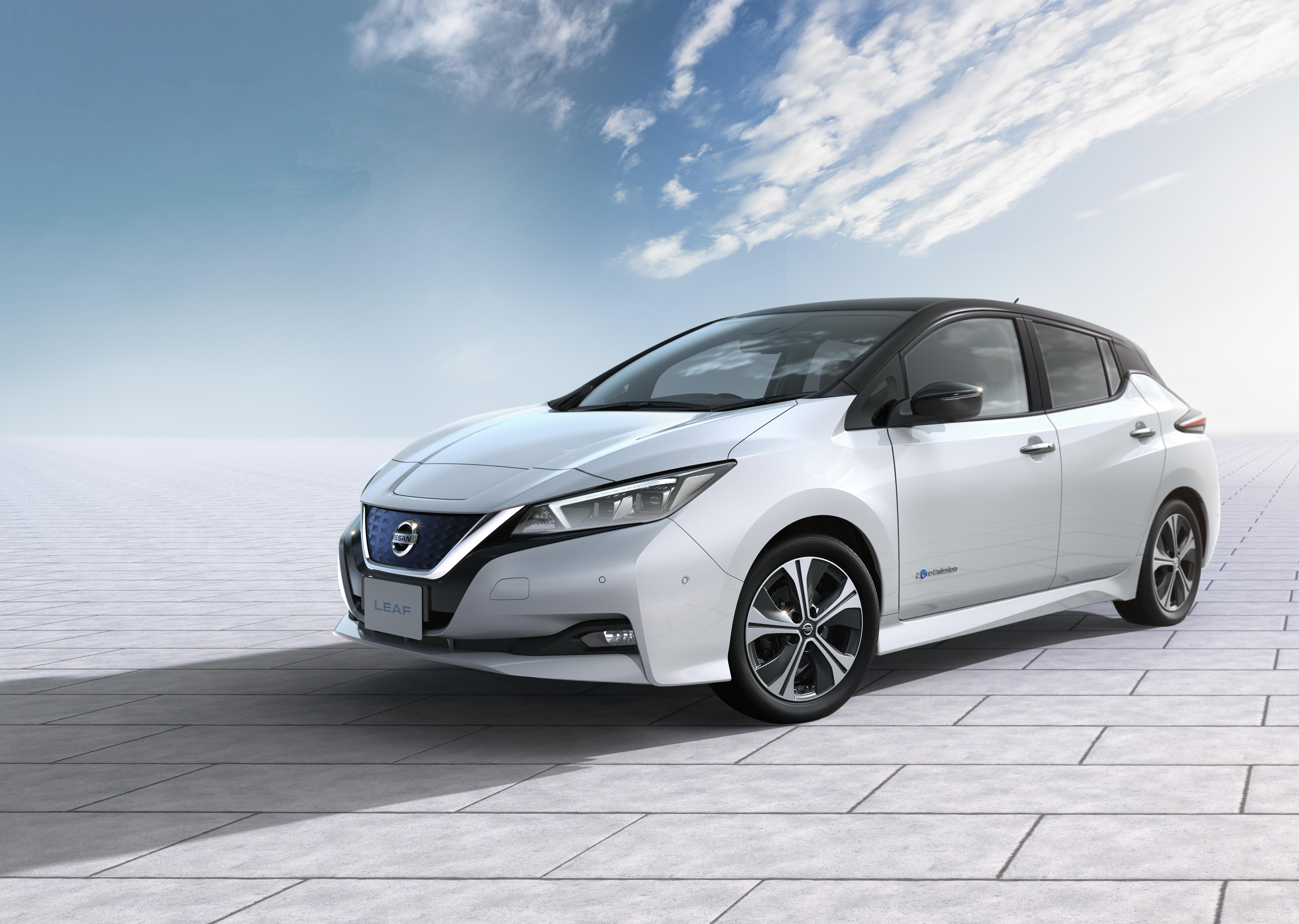 Elektrisch und teilautonom: die Zukunft spielt im neuen Nissan Leaf ...