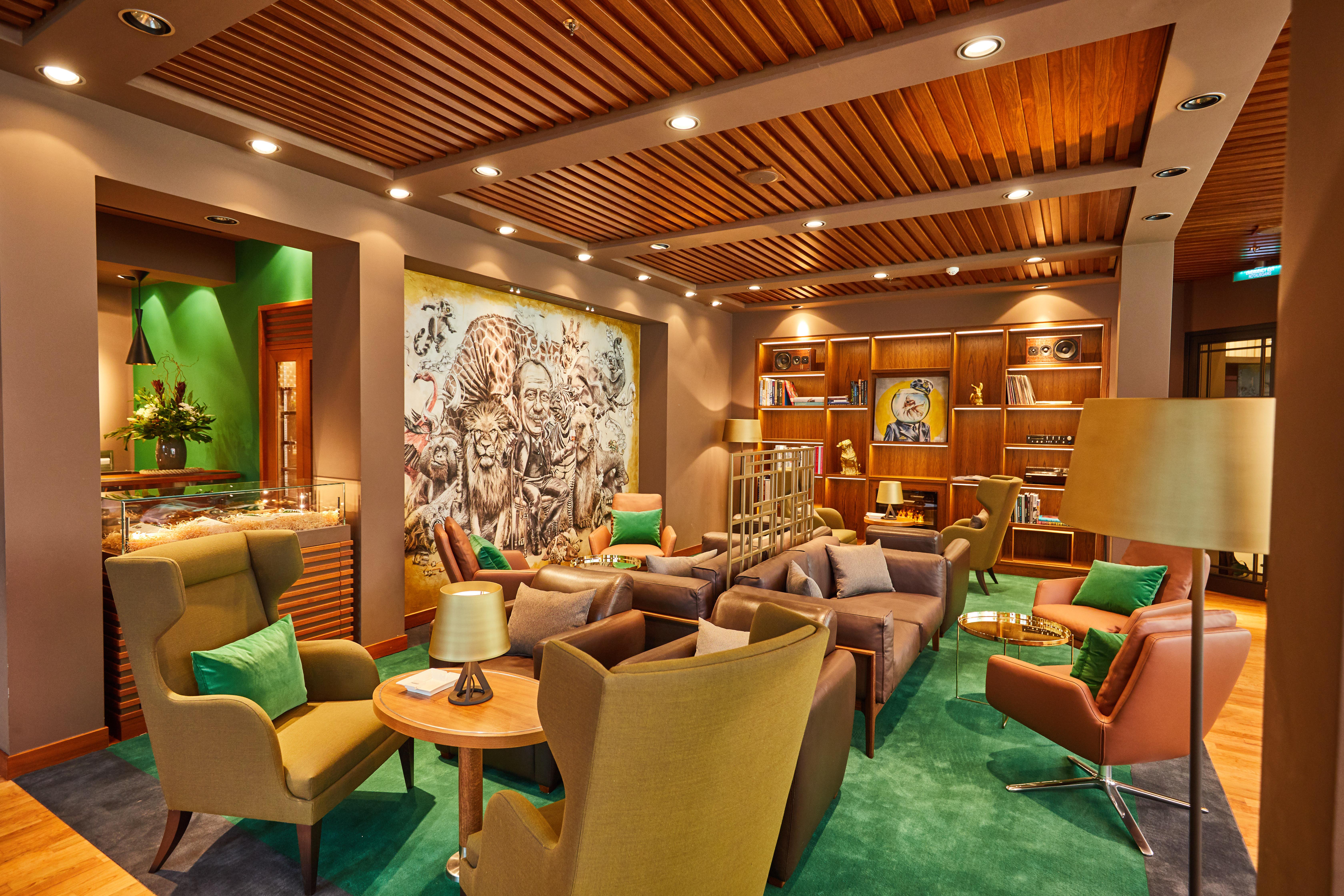 ms europa 2 style up bei werftaufenthalt in hamburg erfolgreich beendet presseportal. Black Bedroom Furniture Sets. Home Design Ideas