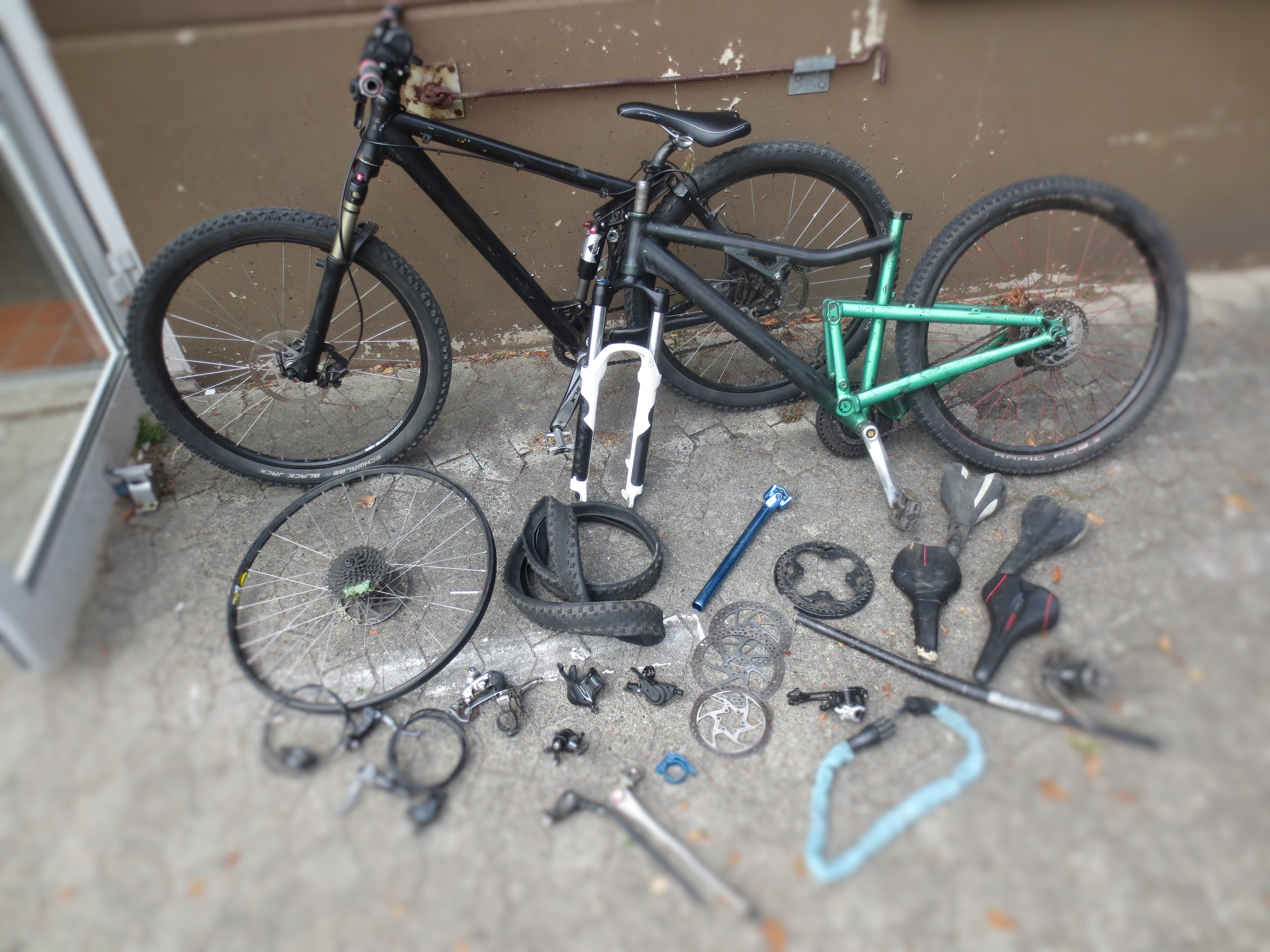 ▷ POL-LG: ++ Polizei klärt Serie von Fahrrad(Teile-)diebstählen ++ ...