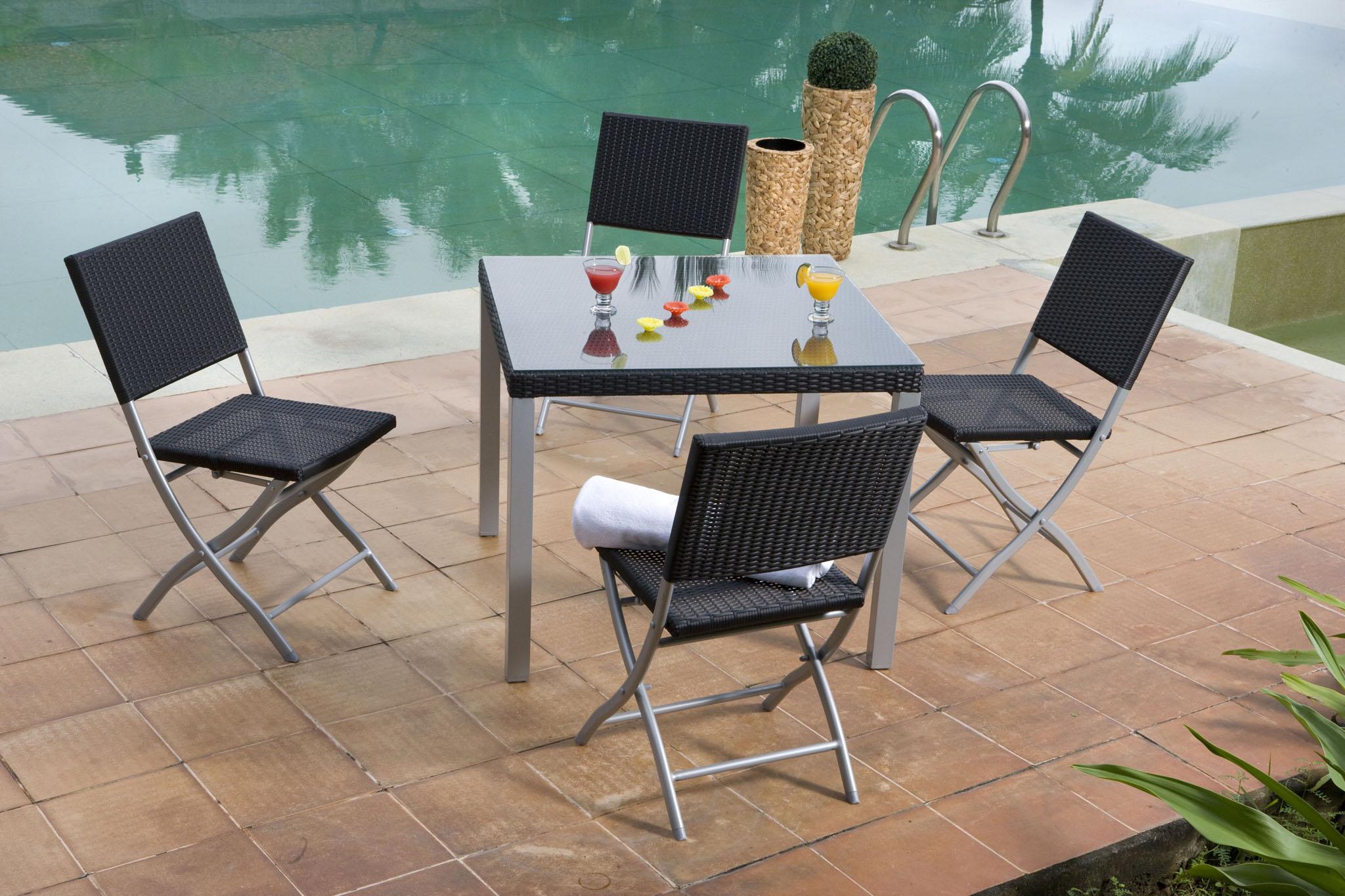 Chez conforama les meubles de jardin sont en f tes for Conforama muebles de jardin