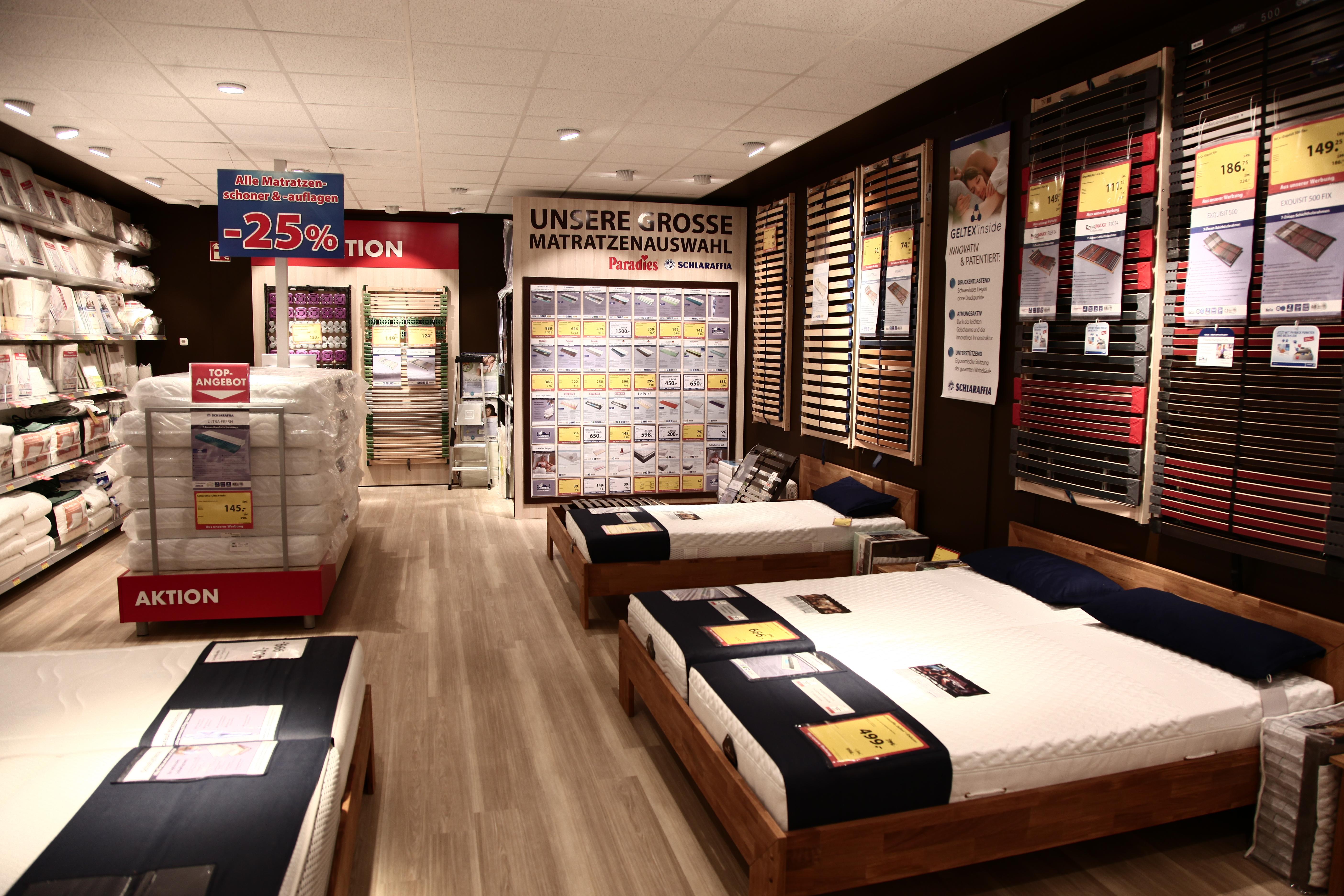 d nisches bettenlager er ffnet drei neue fachm rkte. Black Bedroom Furniture Sets. Home Design Ideas