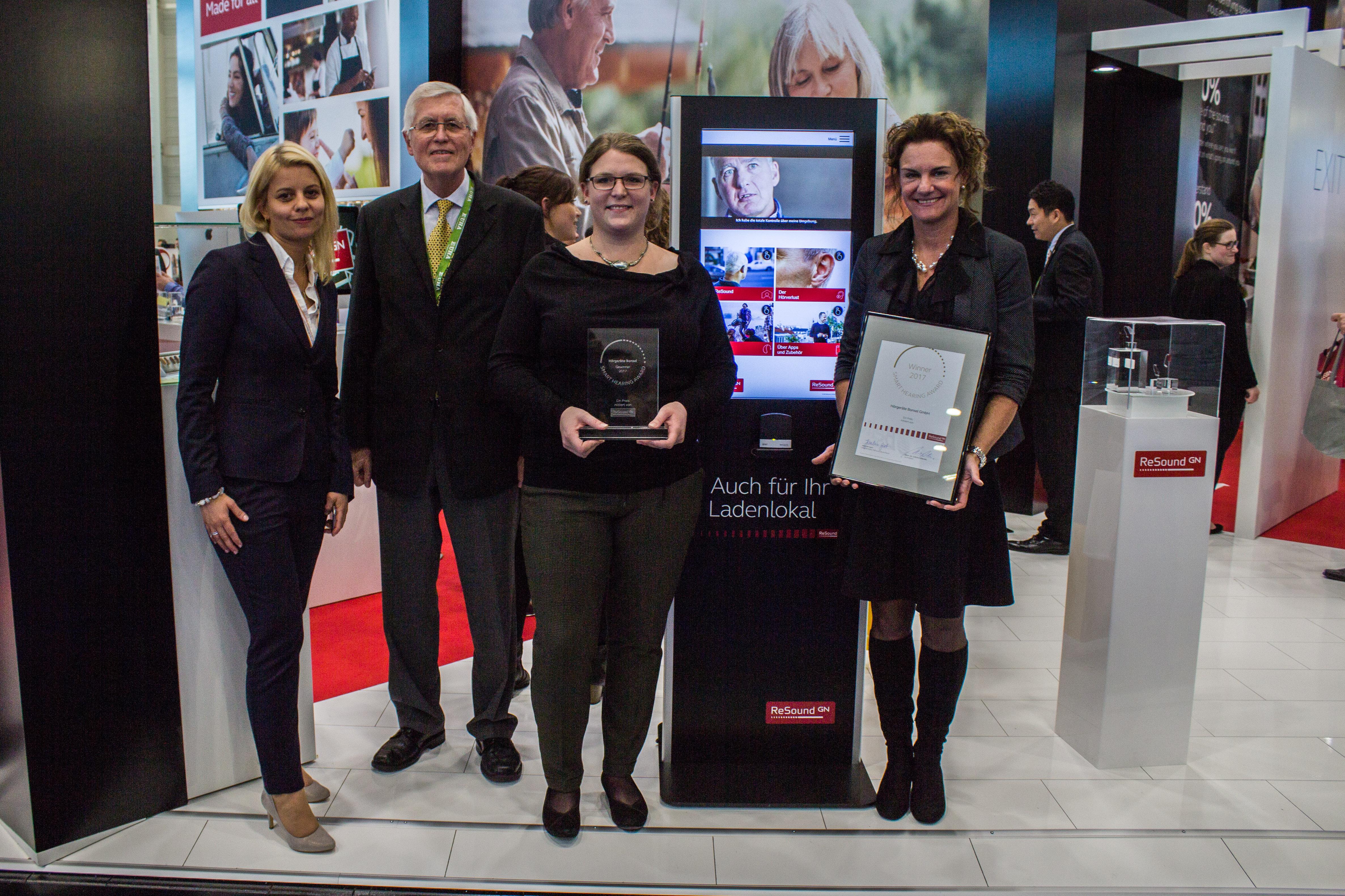 Marketing-Preis für smarte Hörakustiker verliehen: \