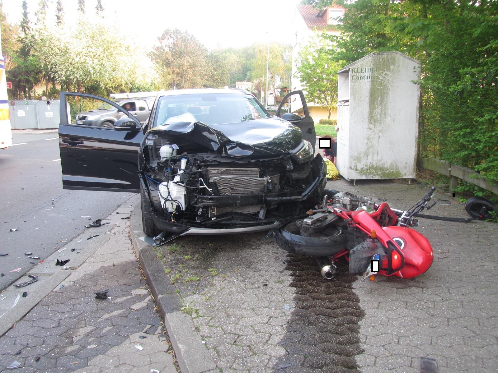 pol pdkh verkehrsunfall mit einem schwerverletzten motorradfahrer presseportal. Black Bedroom Furniture Sets. Home Design Ideas