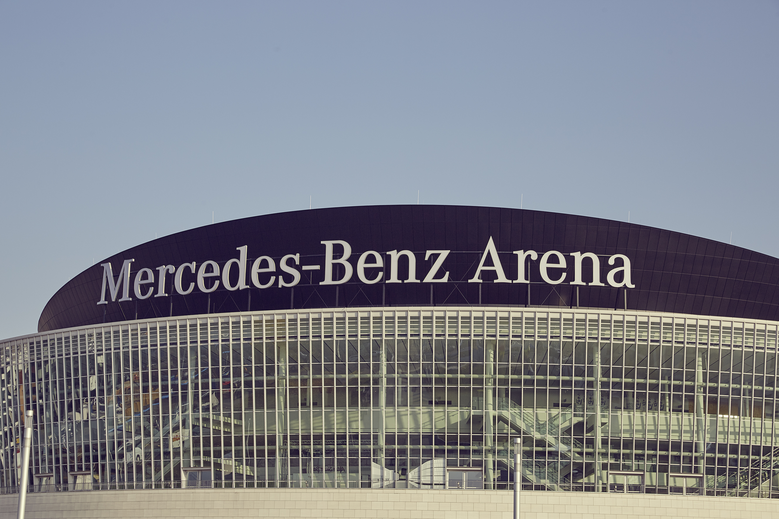 ▷ 10 Jahre Mercedes-Benz Arena / 1.353 Veranstaltungen und über 13 ...