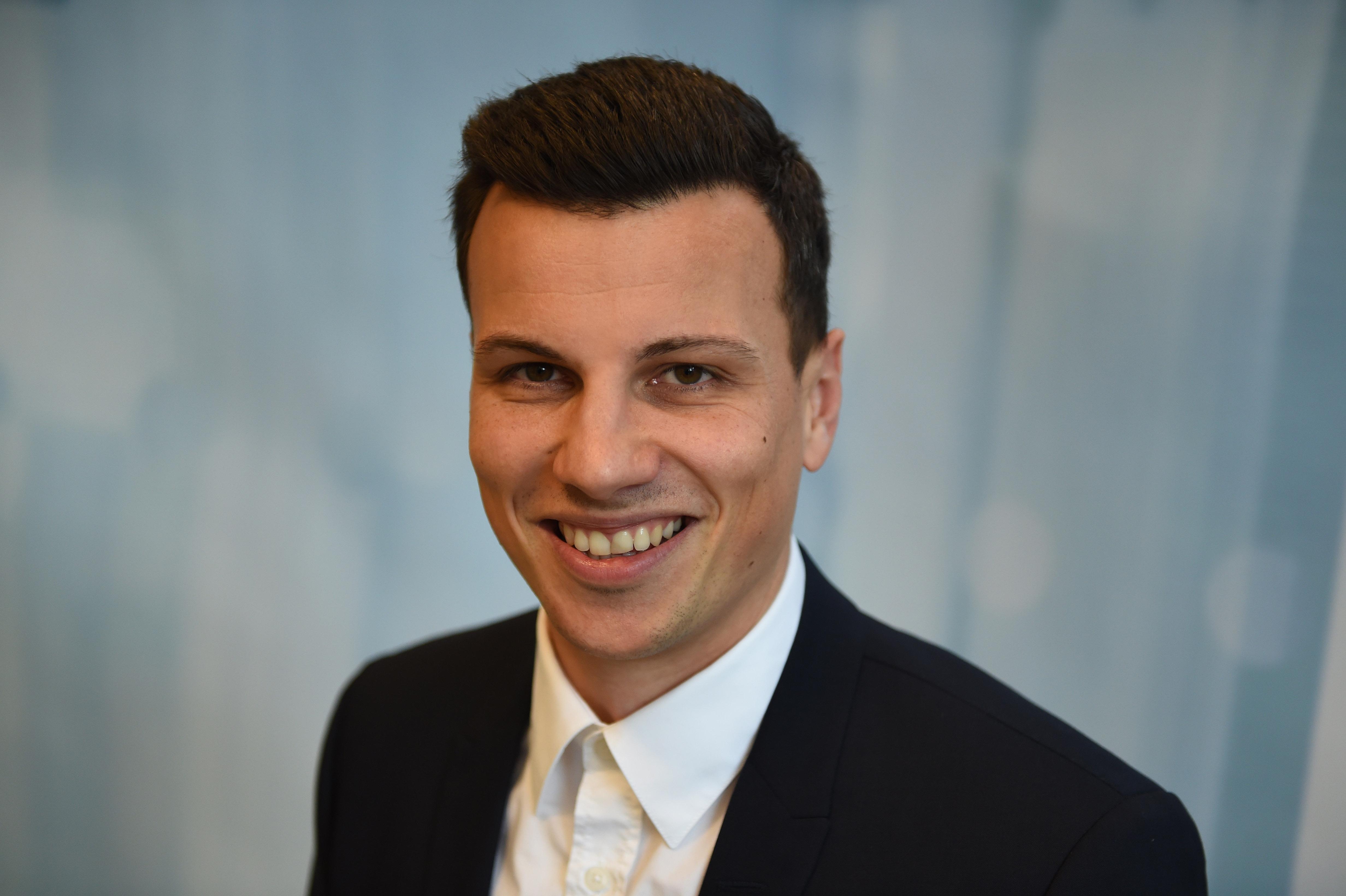 news aktuell vergrößert das Marketingteam mit Sascha Meyer ...  news aktuell ve...