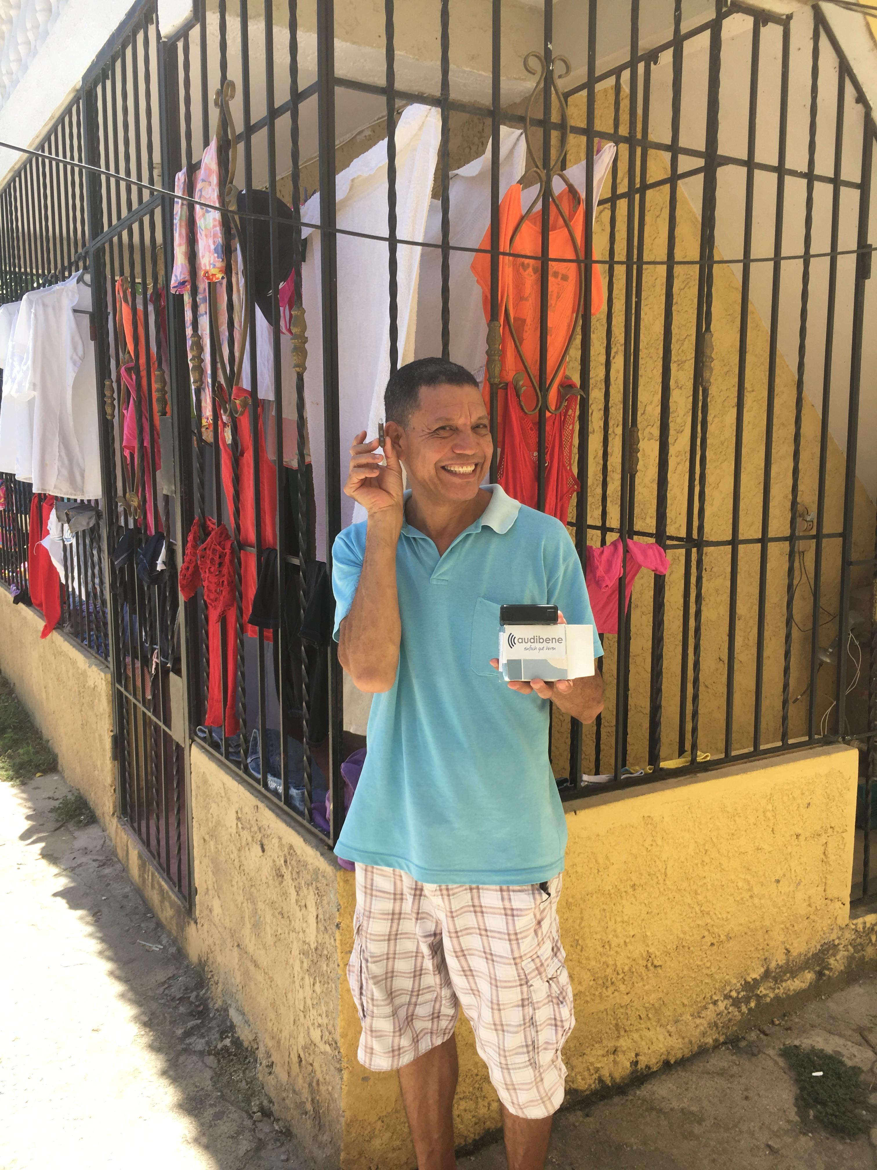 Hörgerätespende für Menschen in der Dominikanischen Republik ...