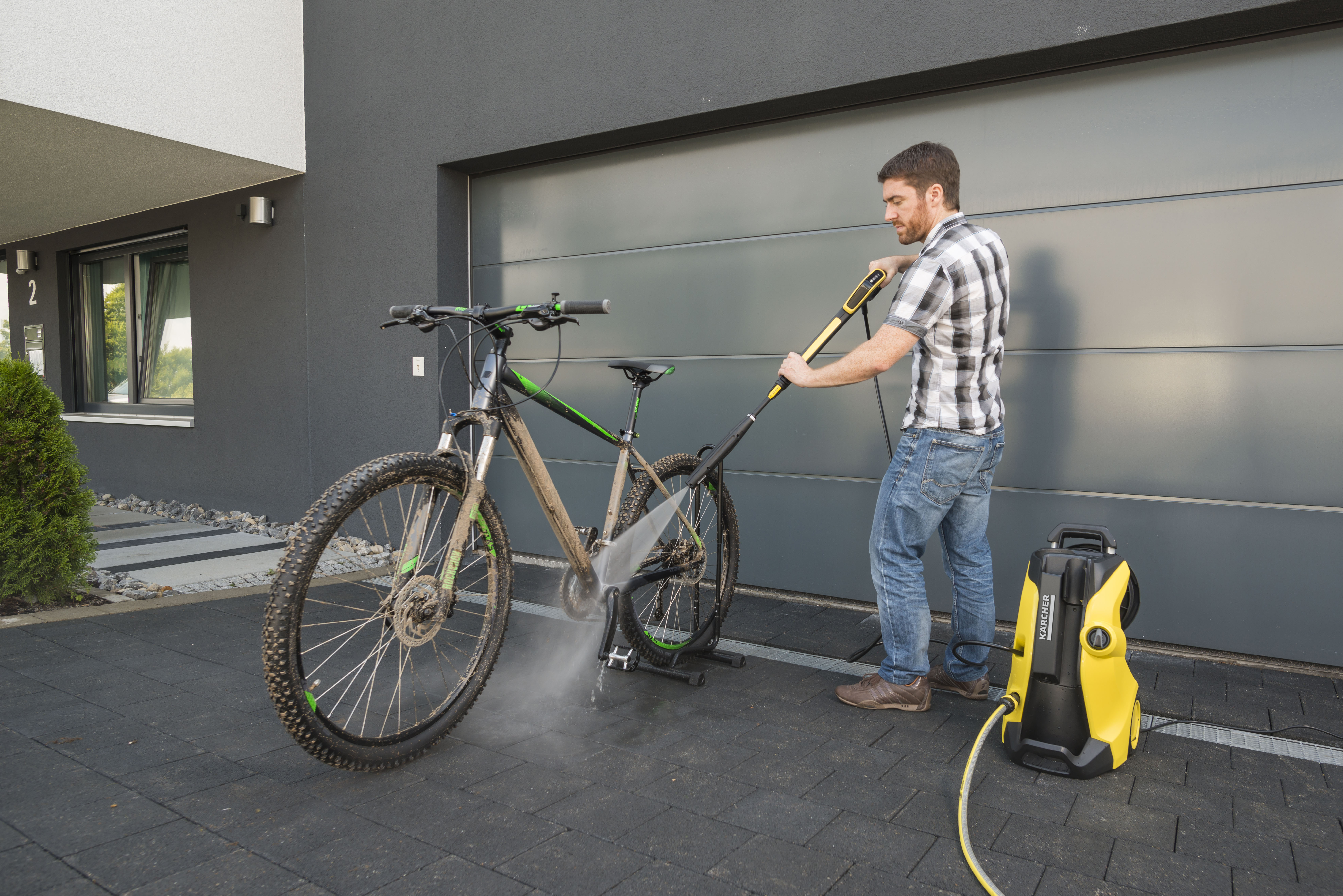 weg mit dem schmutz tipps zur fahrradreinigung presseportal. Black Bedroom Furniture Sets. Home Design Ideas