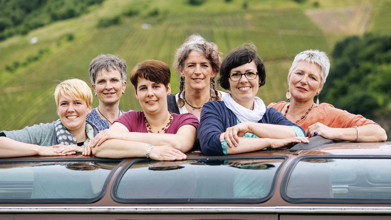 lecker aufs land geht wieder auf sommerreise sechs landfrauen kochen f r und presseportal. Black Bedroom Furniture Sets. Home Design Ideas
