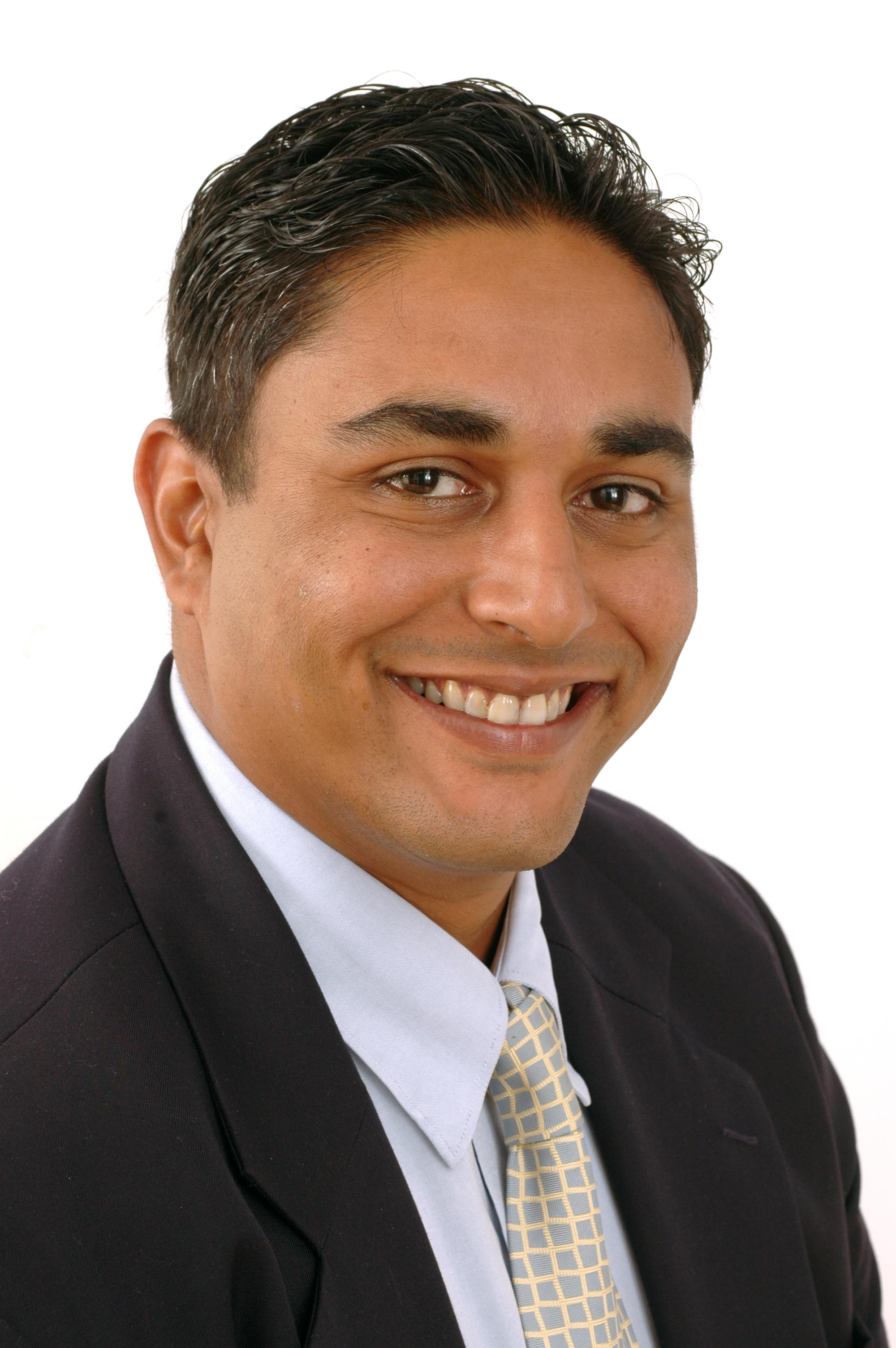 ishan palit leitet gesch ftsbereich product service bei t v s d pressemitteilung t v s d ag. Black Bedroom Furniture Sets. Home Design Ideas