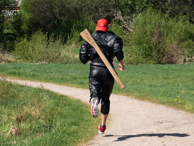Oberbootsmann Domenique Bogs beim Crosslauf.