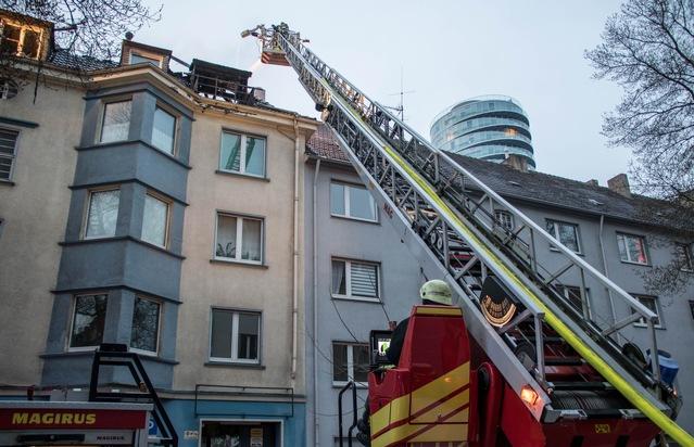 FW-BO: Dachstuhlbrand in der Innenstadt - 1. Folgemeldung