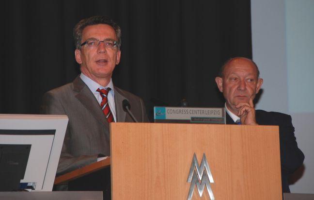 Innenminister Thomas de Maizière spricht vor dem Exekutiven Rat des CTIF.