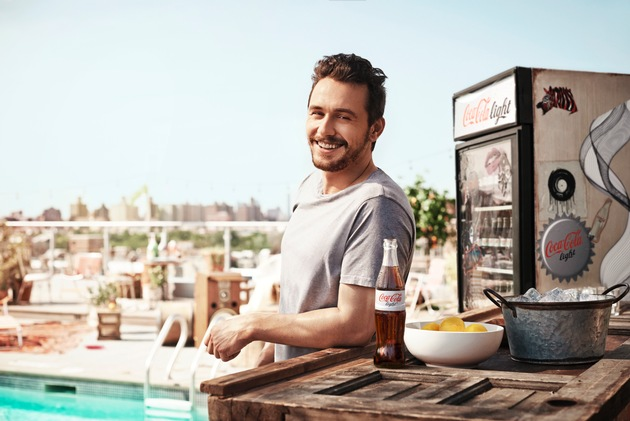 Hollywoodstar James Franco macht den Sommer sexy