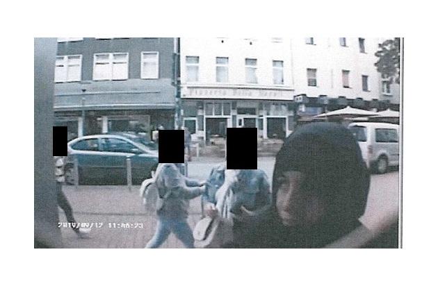 POL-DO: Polizei sucht mit Lichtbildern nach mutmaßlicher EC-Karten-Betrügerin
