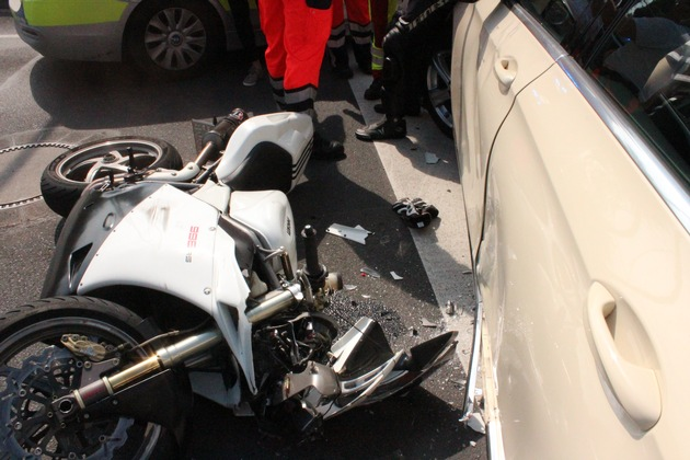 Unfall Kölner Straße 07.07.2017