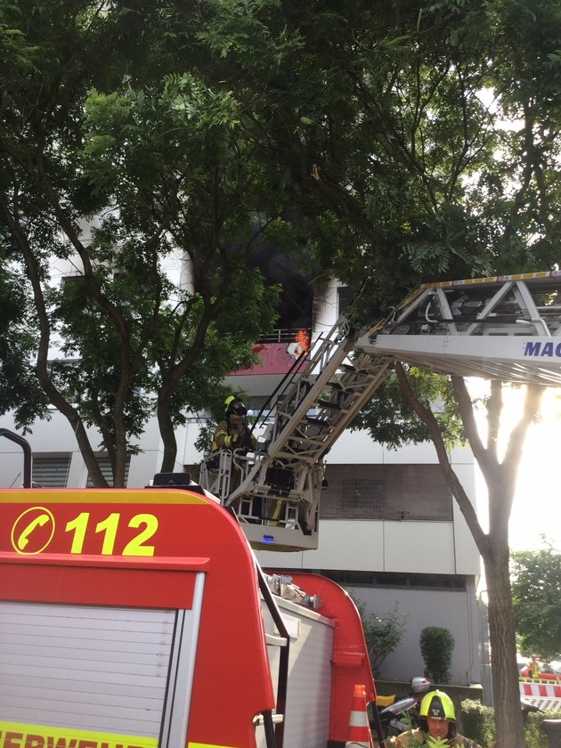 FW Ratingen: Folgemeldung zum Brand in einem Ratinger Hochhaus