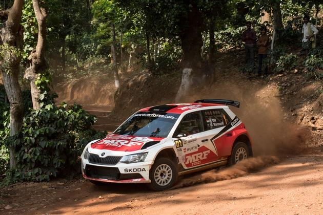 SKODA tritt in FIA Asien-Pazifik-Rallye-Meisterschaft an, Gill und Youngster Veiby im MRF SKODA FABIA R5 am Start