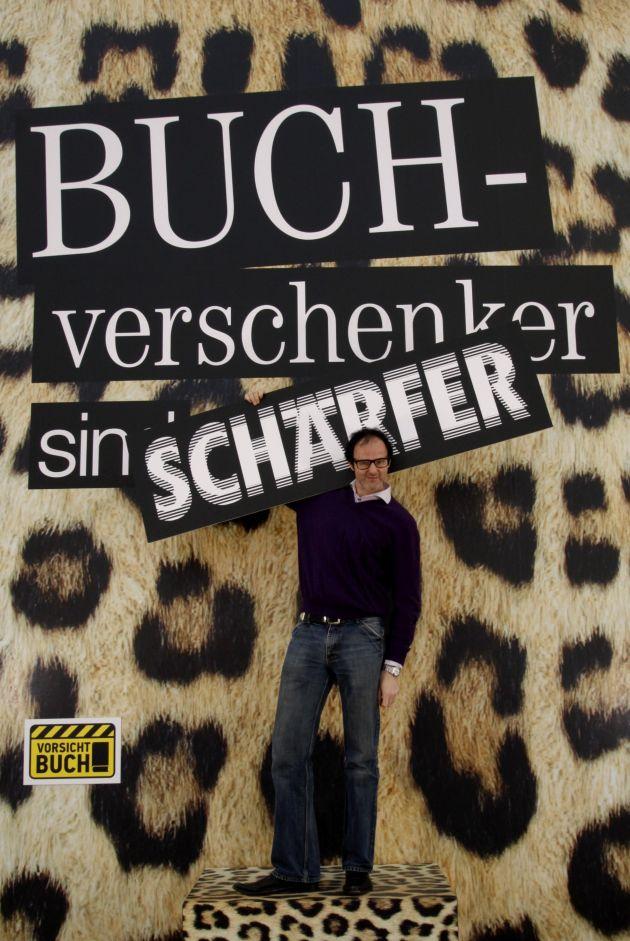 """Tausende """"Vorsicht Buch!""""-Besucher auf der Leipziger Buchmesse: Zieht euch warm an, Pralinen"""