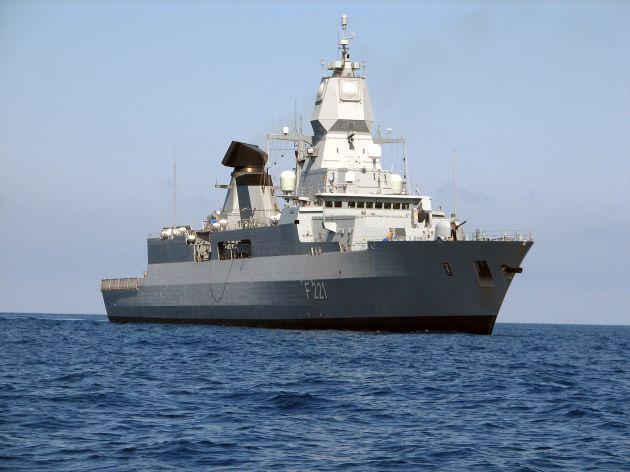 """Archivbild: Fregatte """"Hessen"""" in der Nordsee. Foto: Deutsche Marine."""