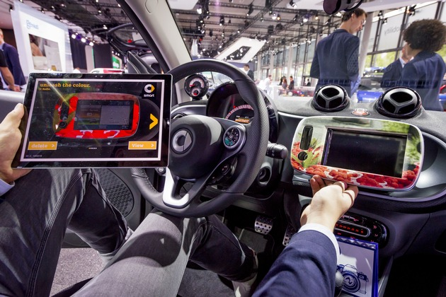 """Design your car"" - Heidelberg at IAA 2017: technology partner for the automotive industry"