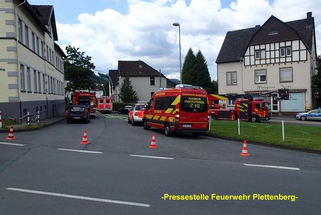 FW-PL: OT-Stadtmitte. Gemeldeter Zimmerbrand war verbranntes Essen auf dem Herd.