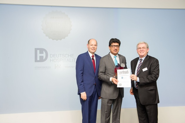 "press release: ""Deutsche Hospitality wins a 'Superbrand Germany' award"""