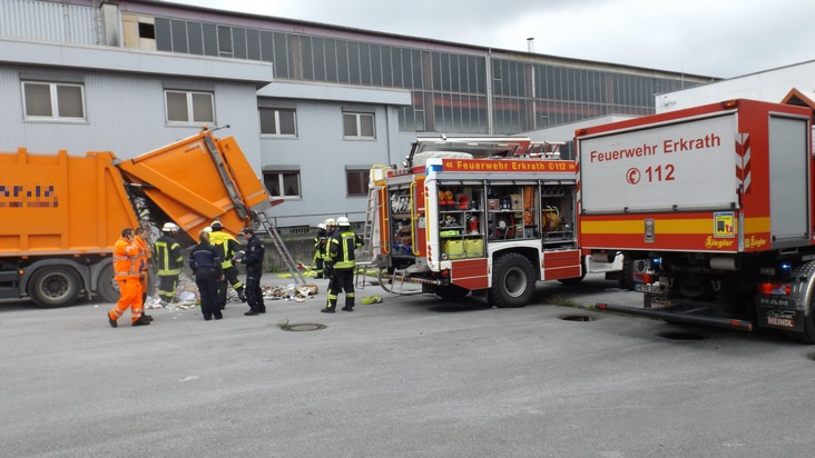 Brand eines Müllfahrzeuges