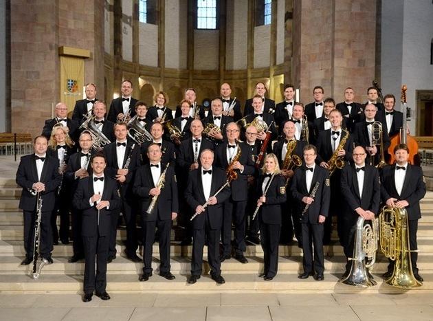 Landespolizeiorchester Rheinland-Pfalz mit Dirigent Stefan Grefig