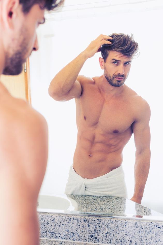 Männer im Beauty-Stress: Immer mehr wählen den Weg zum Plastischen Chirurgen Bildnachweis: GCShutter