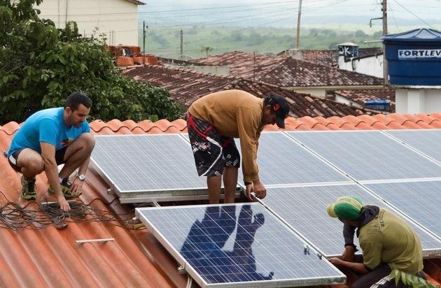 mep werke spenden solaranlage f r soziale einrichtung in brasilien pressemitteilung mep werke. Black Bedroom Furniture Sets. Home Design Ideas