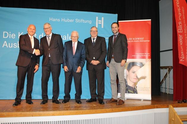 Die AMAG gewinnt den ersten Nationalen Bildungspreis