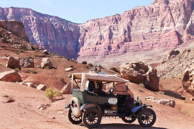 Rund um die Welt mit einem 100 Jahre alten Ford Modell T