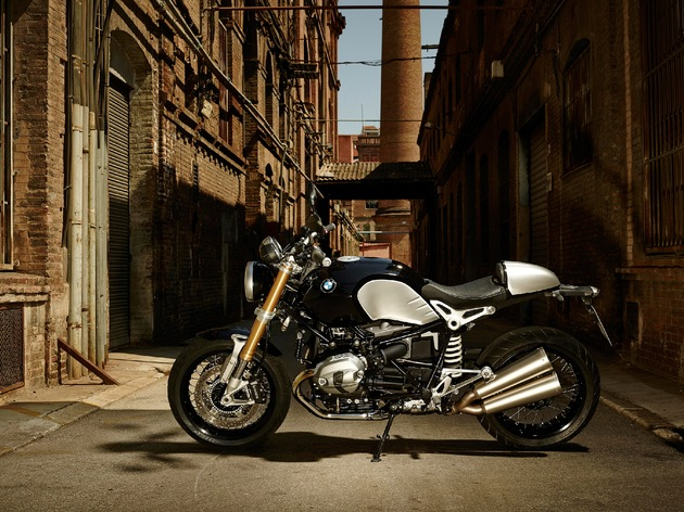 """BMW R nineT. BMW Motorrad sold more vehicles in 2014 than in the year before, achieving a record sales figure for the fourth time in a row. Further text via ots and www.presseportal.de/pm/28255 / Use of picture is free of charge. Please quote: """"obs/BMW Group"""""""