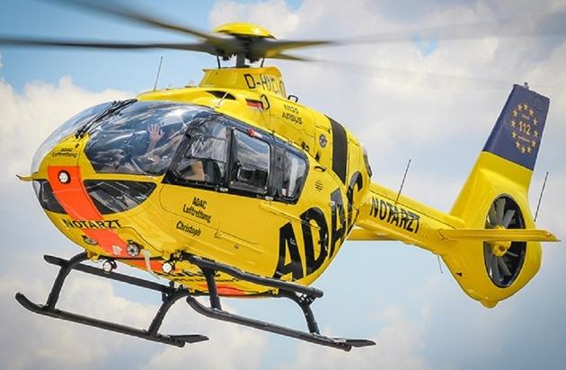 ADAC Luftrettung stellt Deutschlands modernsten Rettungshubschrauber in Berlin in Dienst /