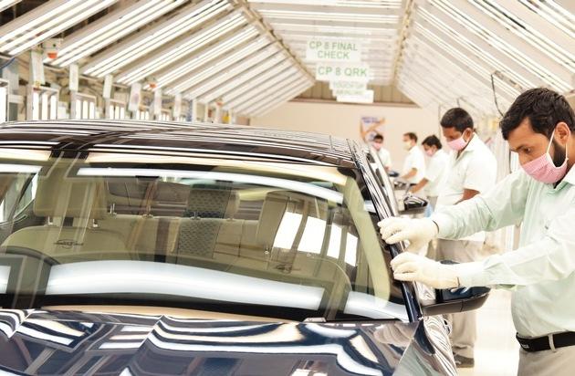 SKODA AUTO Volkswagen India nimmt Produktion an beiden Standorten wieder