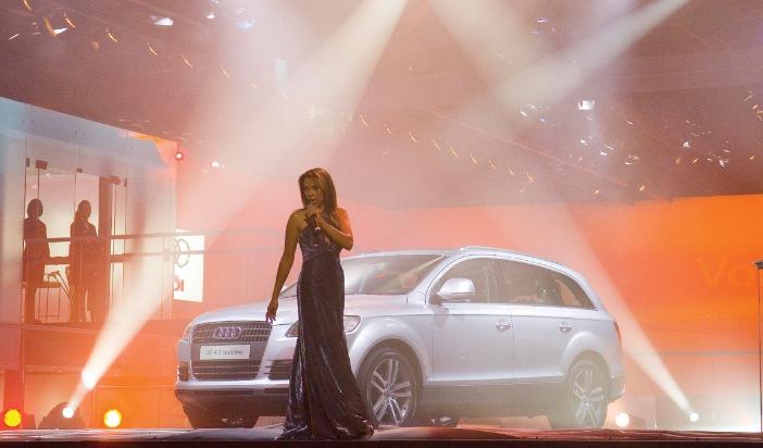 """Carla Vallet, Sängerin von """"Streets of Tomorrow"""", dem Song zum neuen Audi Q7, bei der Weltpremiere auf der Internationalen Automobilausstellung in Frankfurt am 13. September. Die Verwendung dieses Bildes ist für redaktionelle Zwecke honorarfrei. Abdruck bitte unter Quellenangabe: """"obs/Audi AG"""""""