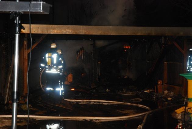 ausgebranntes Carport