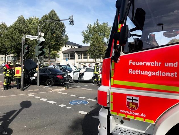 Verkehrsunfall im Kreuzungsbereich