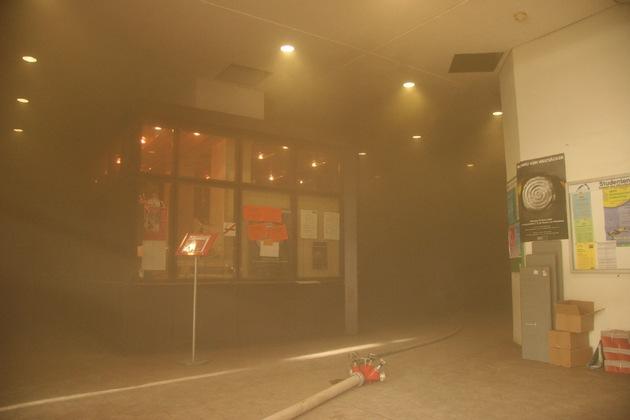 FW-E: Feuer in Gesamthochschule Essen-Duisburg