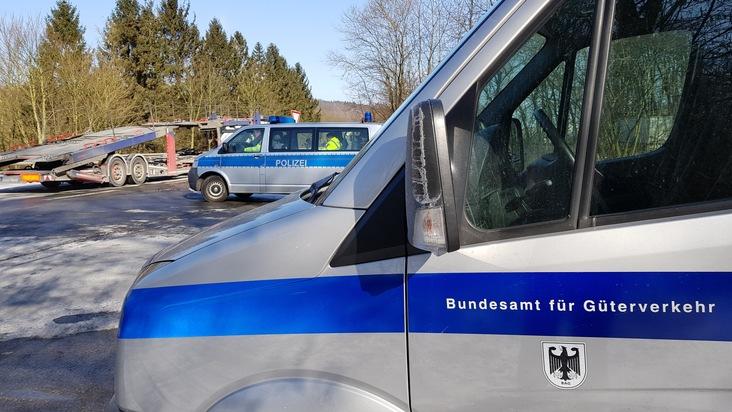 Schwerlastkontrolle in Kooperation mit der BAG (Bundesamt für Güterverkehr) an der Bundesstraße 1 zwischen Hameln und Coppenbrügge