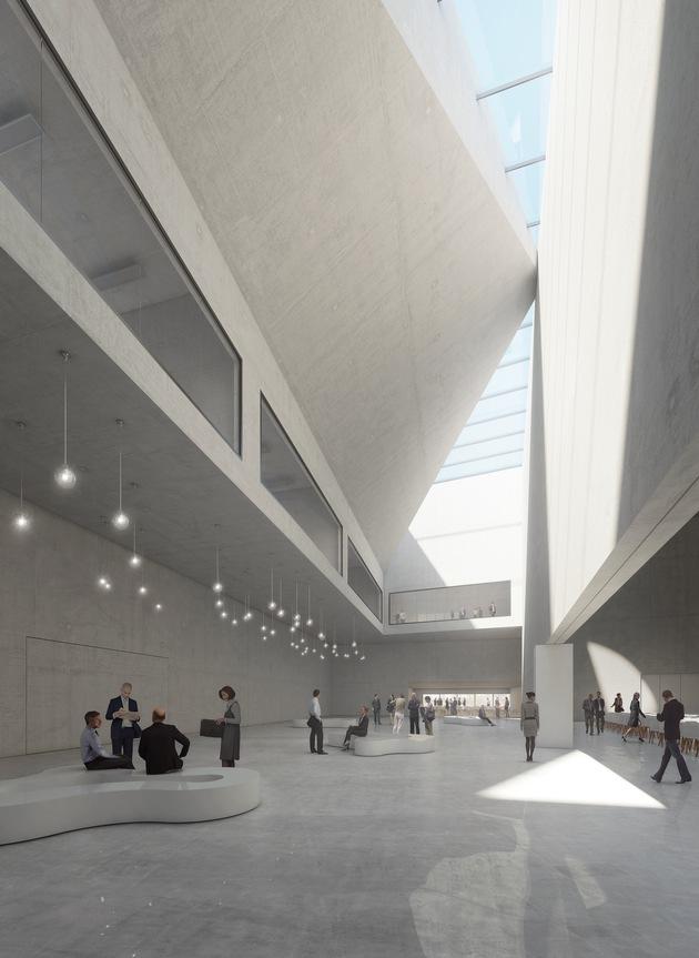 Das eindrucksvolle, nahezu gebäudehohe Hauptfoyer empfängt die Gäste des Konferenzzentrums und bietet zugleich Zugang zum Großen Saal.