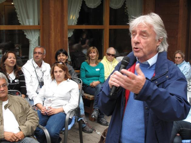 Emil besucht erstes nationales Taubblindentreffen